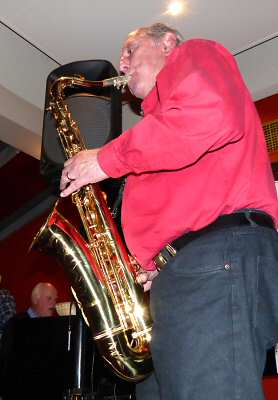 A new perspective on Barrie Boyes' playing of his tenor saxophone.